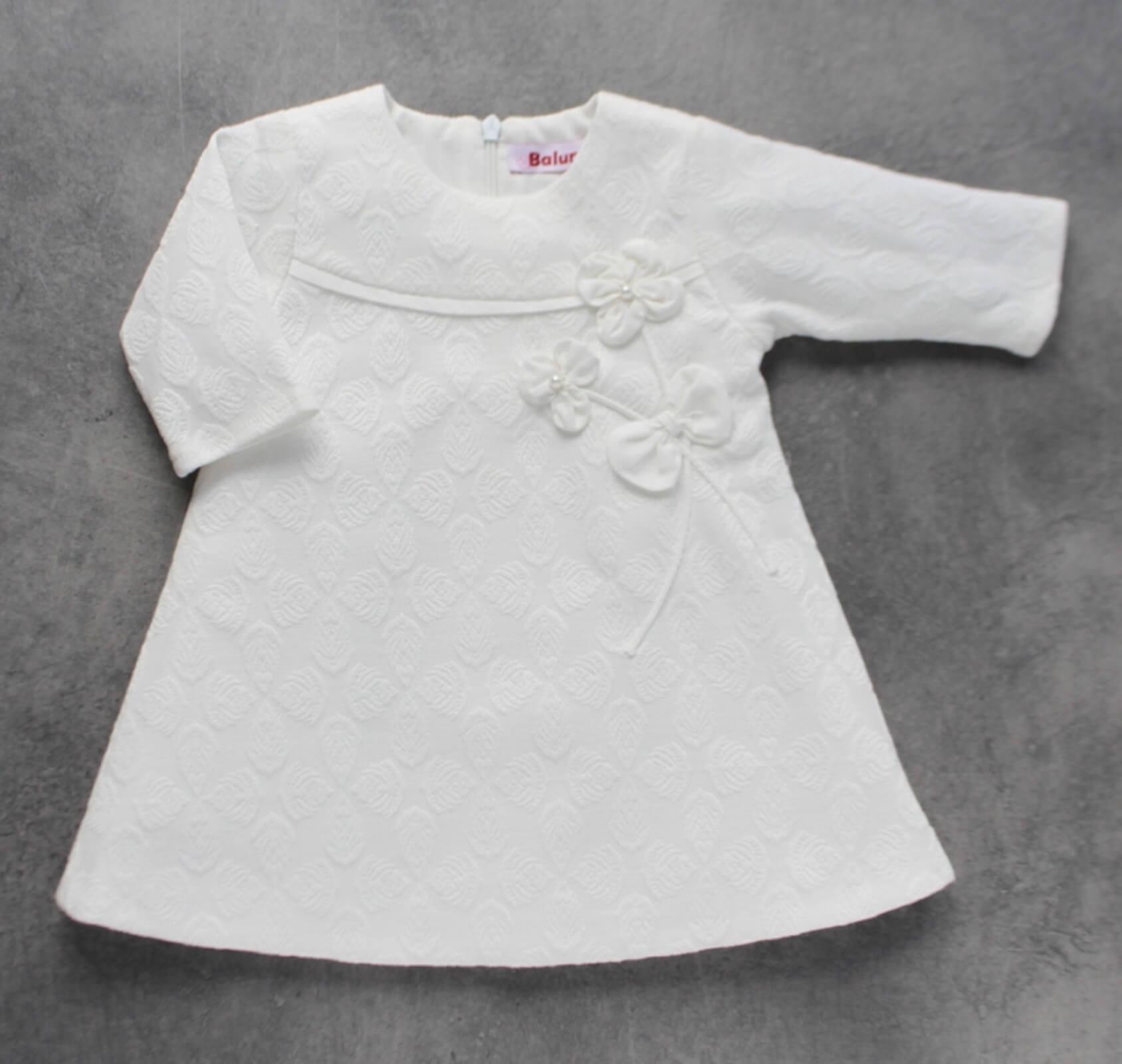 biała sukienka do chrztu dla dziewczynki
