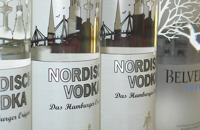 Butelki wódki