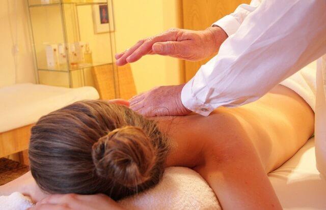 Masaż relaksacyjny i leczniczy
