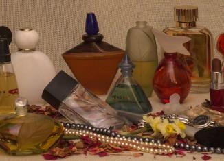 Plusy i minusy zamienników perfum