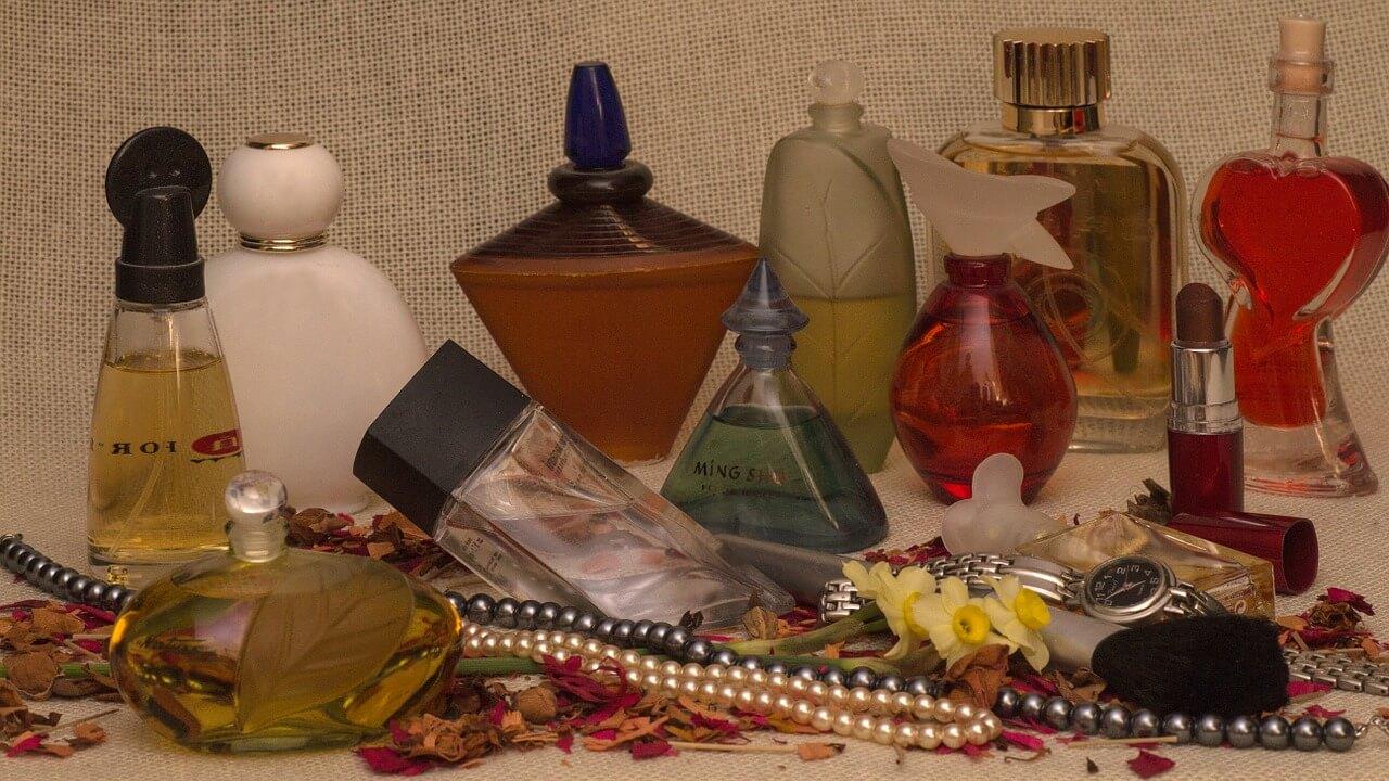 Za i przeciw perfumom nalewanym