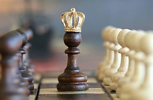 Szachy i król szachowy