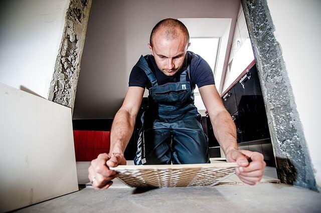 Sklepy budowlane online – na które warto zwrócić uwagę?