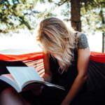 kobieta-czytanie