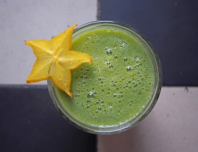 zielony sok owocowy