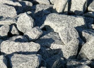 granitowe kamienie