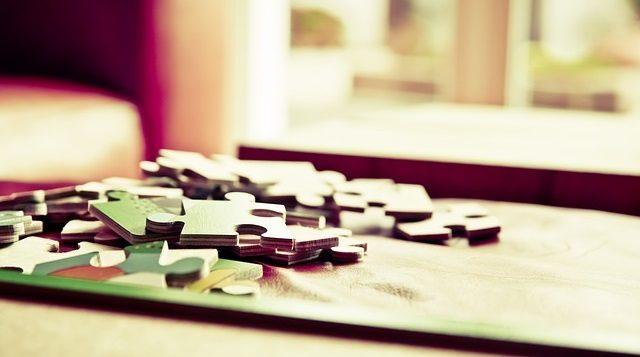 Rozłożone puzzle