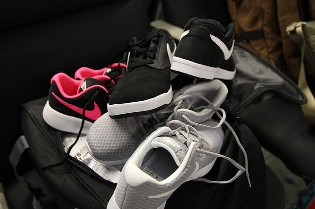Trzy pary butów Nike