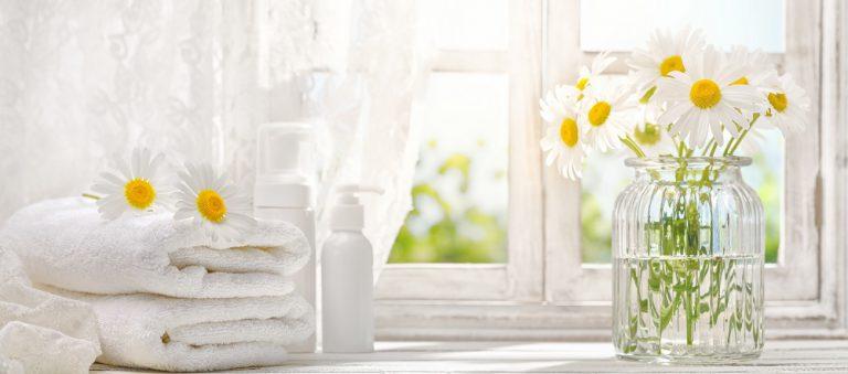 Sprzątanie: jak często prać pościel, koce i ręczniki?